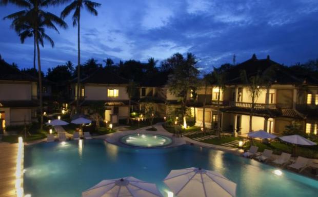 Grand Whiz Hotel Nusa Dua (4 star)